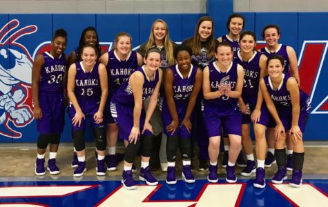 Kahok Girls Basketball fighting for wins